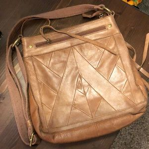 GuC Lucky Brand Tan Leather Crossbody Bag 10x11x3